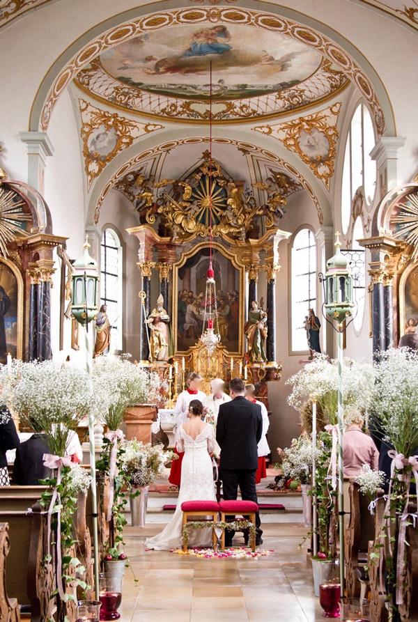 Service dekotr ume blumen dekoration blumenladen for Dekoration hochzeit kirche